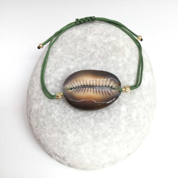 myshell-bracelets-cowrie-olive-green